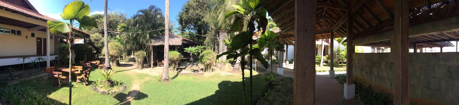 Panorama Grünes Sutra Beach Resort