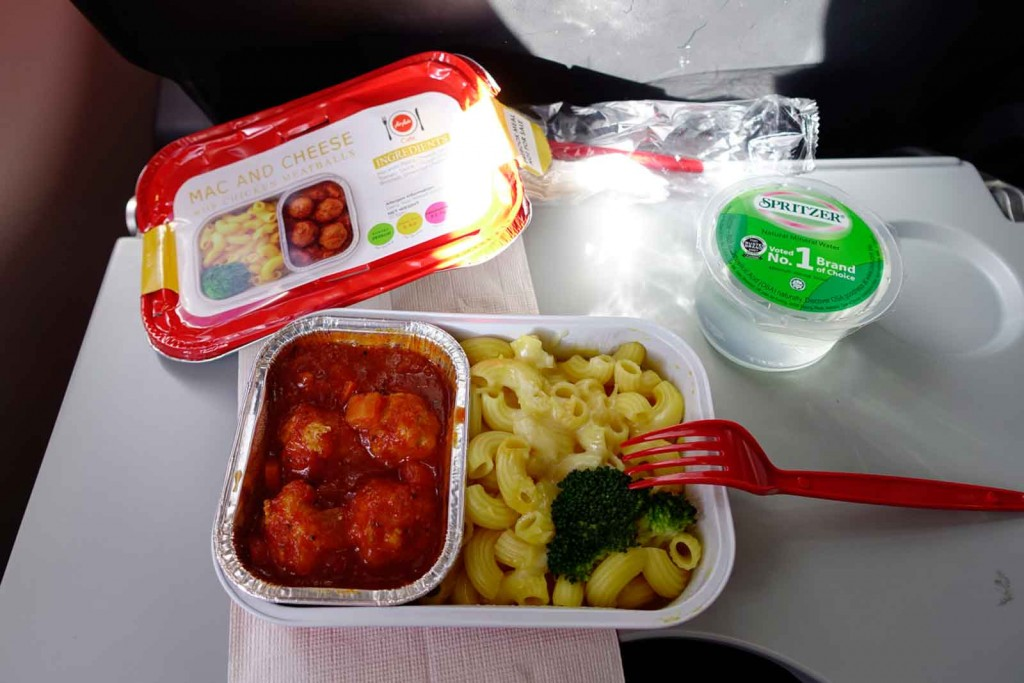 Mac and Cheese bei AirAsia