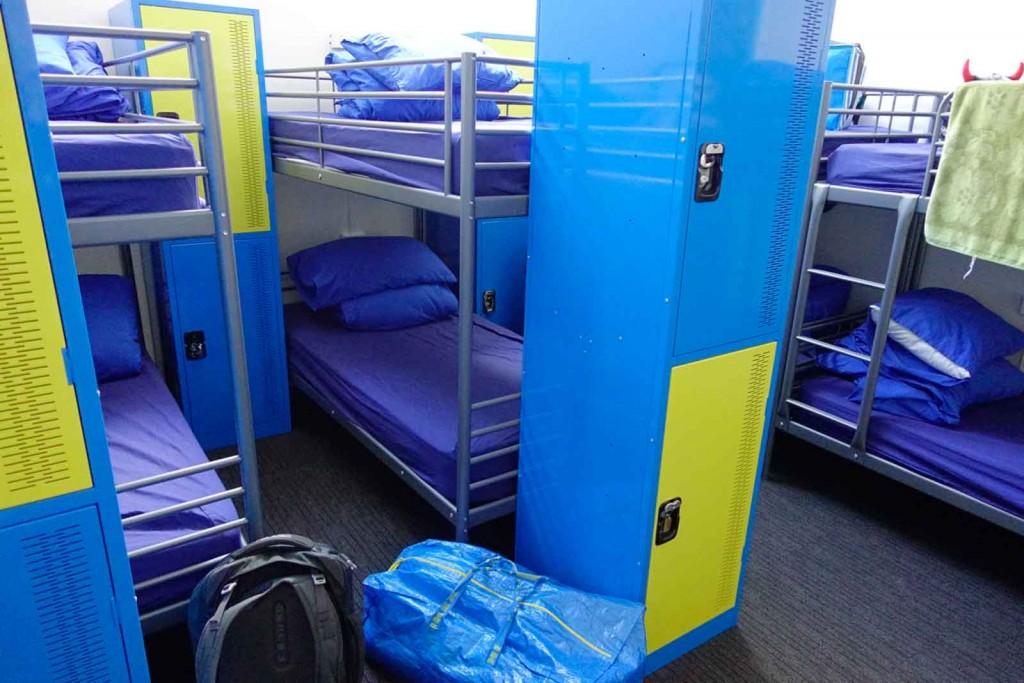 Bunk-Bed im 20-Bett-Zimmer