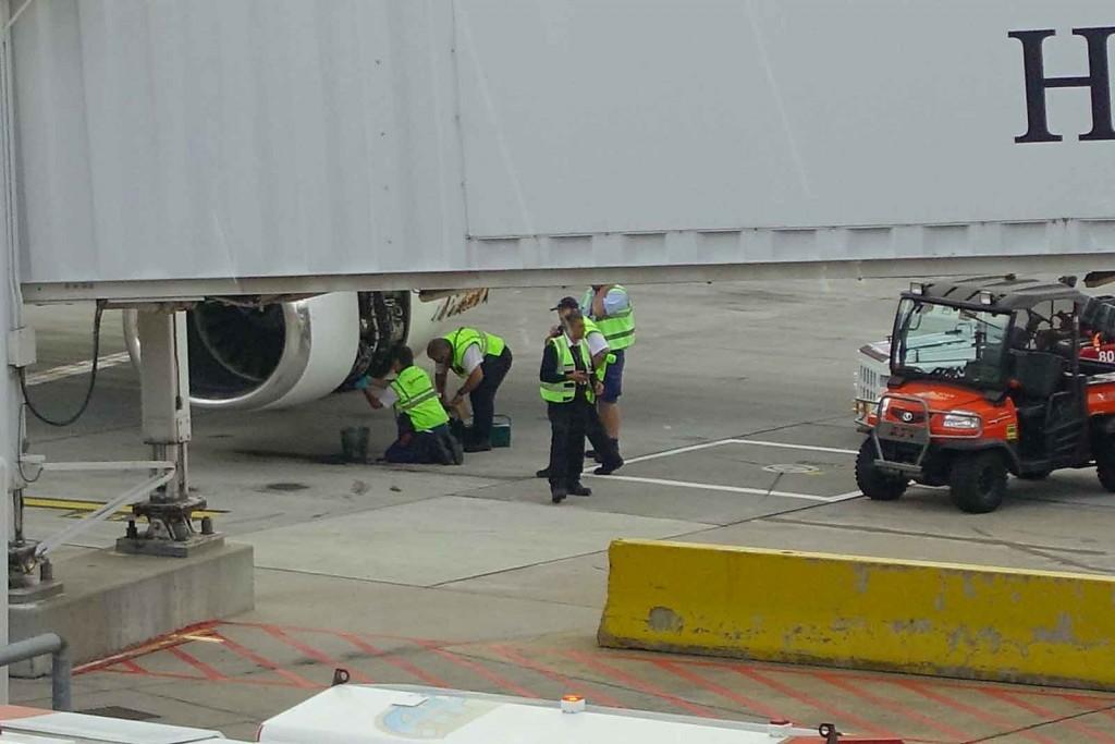 Filterreparatur am Flugzeug
