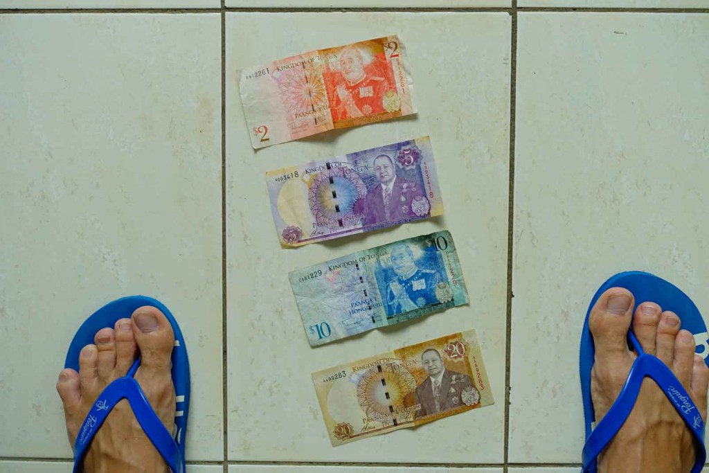 Tonganisches Geld, vorn