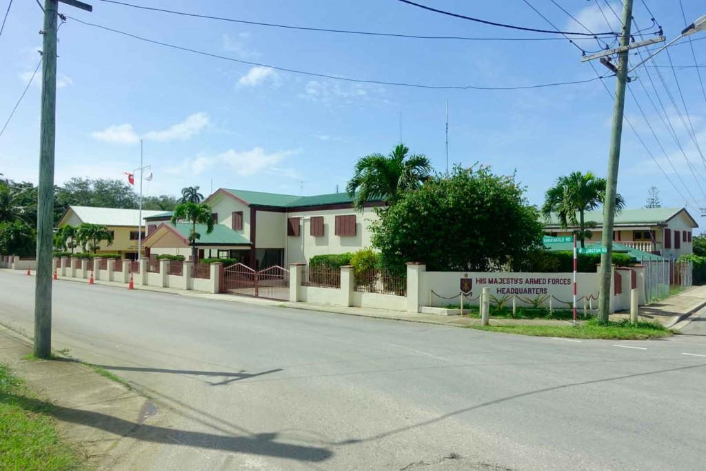 Armeegebäude auf Tonga