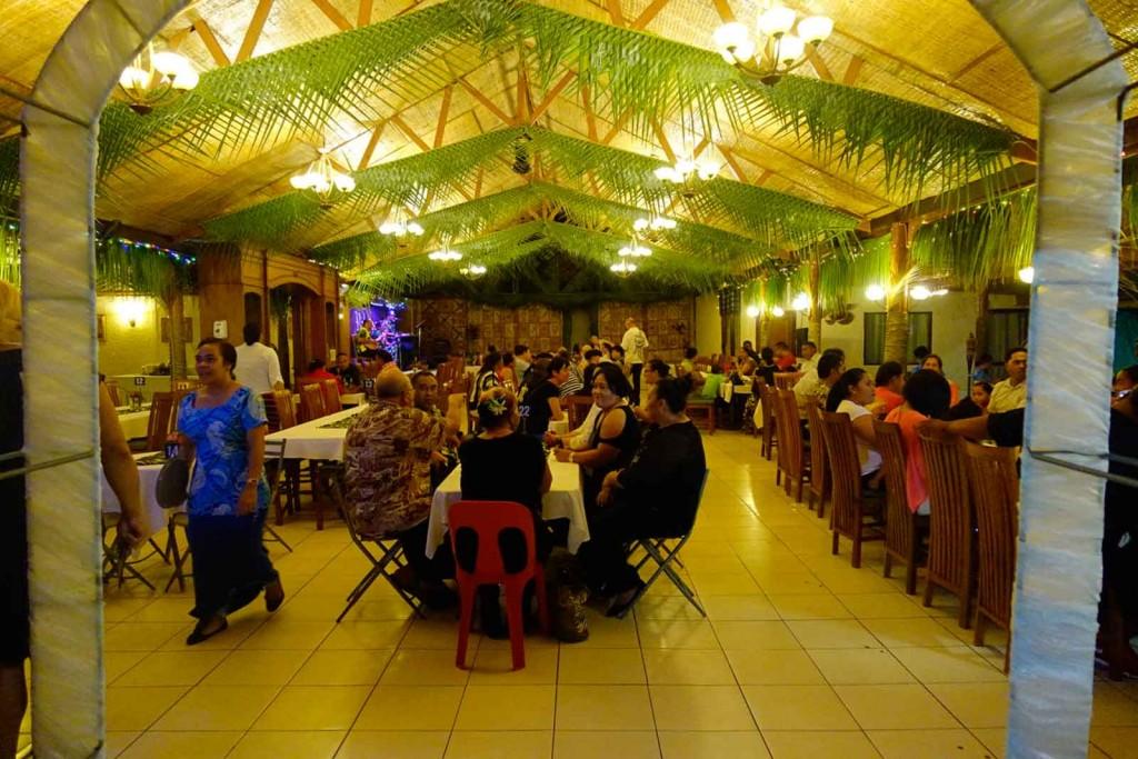 Festsaal mit Buffet