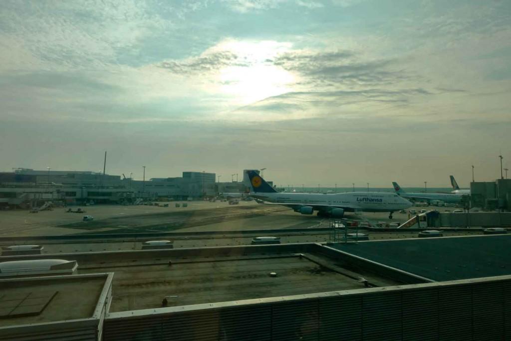 Lufthansaflugzeug in Frankfurt